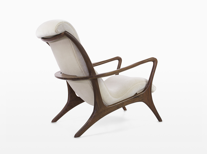 Genial Contour High Back Lounge Chair